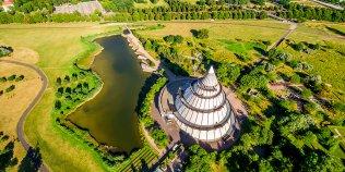 Elbauenpark mit Jahrtausendturm, dem schlausten Turm der Welt - Foto 1